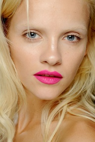 pinklip2